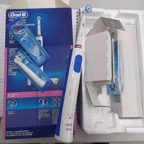 فرشاة أسنان اورال بي الكهربائيه Oral-B Pro 600 PLUS photo review