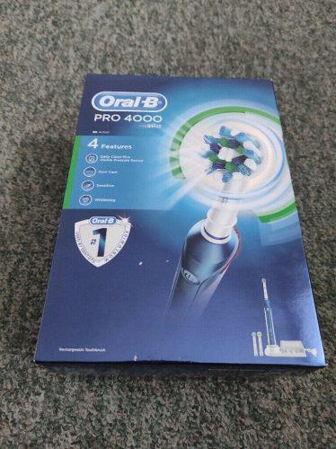 فرشاة اسنان اورال بي الكهربائيه Oral-B PRO 4000 3D photo review